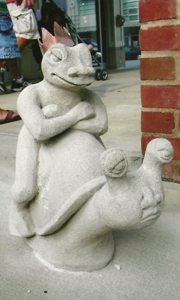 Indiana Limestone, Bronze
