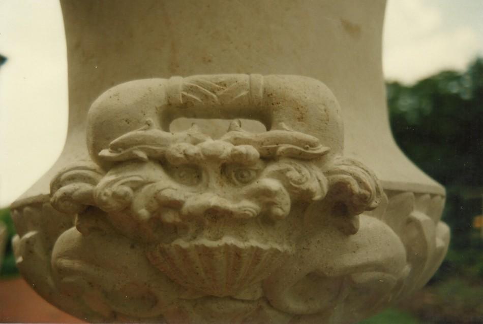 Lombardi Urns